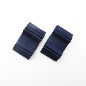 Navy blue flat hoe clips bows