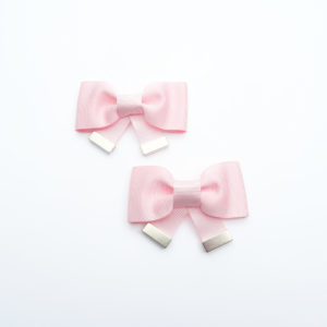 pair of shoe clips pink bows