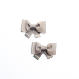 shoe clips beige bows
